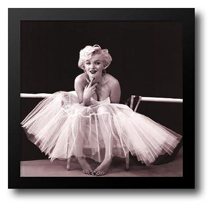 Amazon.com: Marilyn Monroe - Ballerina 20x20 Framed Art Print by ...