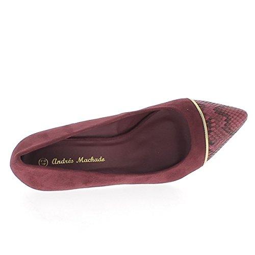 Tamaño grande de zapatos afilados Burdeos a tacón de 8,5 cm ante mirada