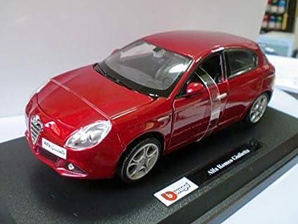 Bburago - Alfa Romeo, coche de juguete a escala [modelo surtido]: Amazon.es: Juguetes y juegos