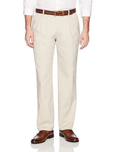 Amazon Essentials Men's Classic-Fit Wrinkle-Resistant Pleated Chino Pant, Stone, 38W x 30L