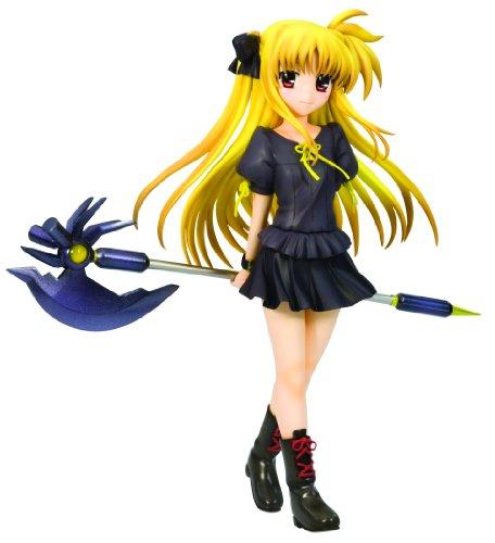 Kotobukiya Magical Girl Lyrical Nanoha: Fate Testarossa (Everyday Wear Version) Ani-Statue