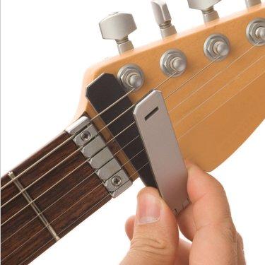 castiv guitar sidekick universal smartphone support system for guitar buy online in uae. Black Bedroom Furniture Sets. Home Design Ideas