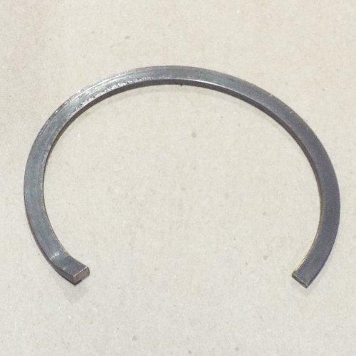 093 - SNAP RING, MAIN SHAFT REAR (Main Shaft Rear Bearing)