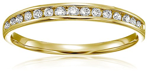 1/5 ctw Classic Diamond Wedding Band in 10K Yellow Gold In Size 6 ()