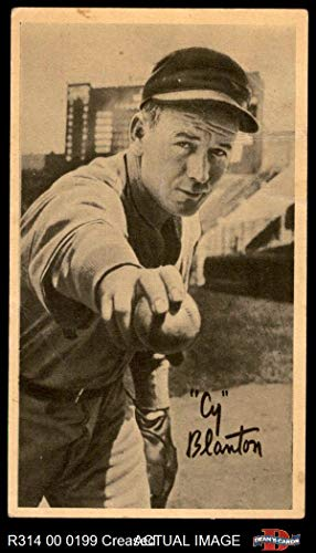 1937 Goudey Wide Pen B Cy Blanton Pittsburgh Pirates (Baseball Card) (Pitching/Creamy Paperstock/No USA on Bottom Right Border) Dean's Cards 2 - GOOD Pirates