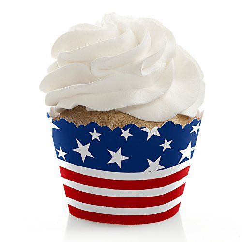 Stars & Stripes - 4th of July USA Patriotic Independence Day Party Cupcake Decorations - Party Cupcake Wrappers - Set of 12