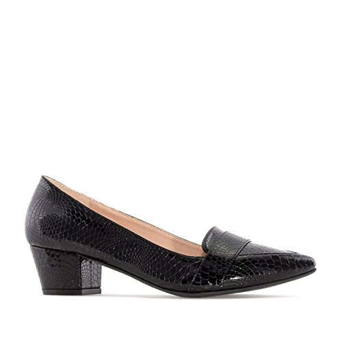 Andres Machado AM5211.Moccasin Heeled Shoes In Snake Print.Petite&Large Sizes: UK 0.5 To 2.5/EU 32 To 35 - UK 8 To 10.5/EU 42 To 45. Black Snake Print