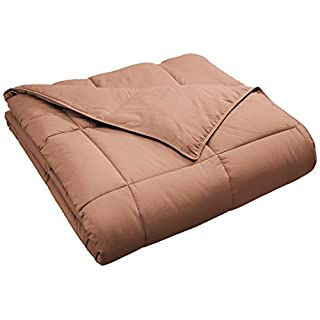 SUPERIOR Classic All-Season Down Alternative Comforter with Baffle Box Construction, Twin, Camel