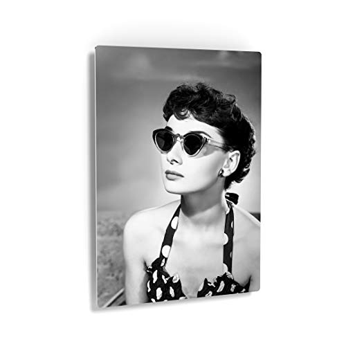 Smile Art Design Audrey Hepburn Wall Art Metal Print Famous Cat Eye Sunglasses Black and White Iconic Decoration Bedroom Living Room Wall Art Vintage Home Decor - Ready to Hang ()