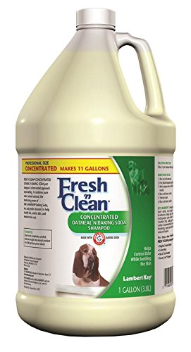 Lambert Kay Fresh'n Clean Oatmeal n Baking Soda Pet Shampoo, 1-Gallon by Lambert Kay