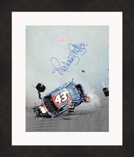 (Autographed Richard Petty Picture - 8x10 Racing) #35 Matted & Framed - Autographed NASCAR Photos)