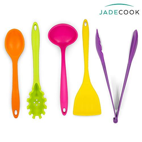 JADE COOK Set de 5 utensilios. Podrás cocinar SIN MALTRATAR tus baterías de cocina gracias a su silicón, además de que son RESISTENTES A ALTAS TEMPERATURAS, NO SE CALIENTAN, NO ABSORBEN olores ni sabores y son muy FÁCILES DE LIMPIAR.