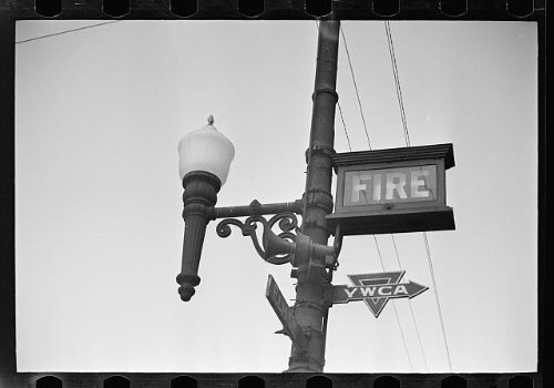 Photo: Elm Street corner, Manchester, New Hampshire . Size: 8x10 - New Hampshire Manchester Shopping