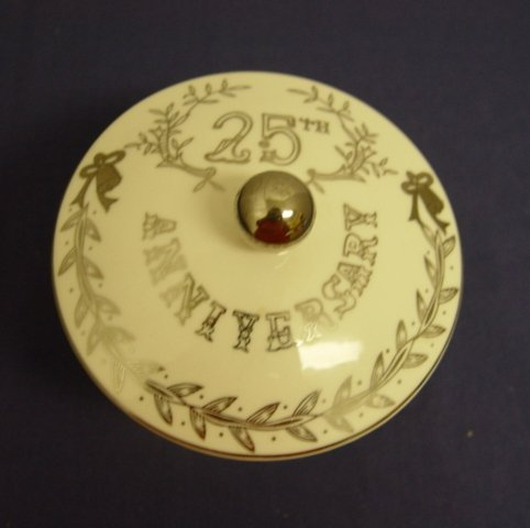 Lefton Candy - Lefton 25th Anniversary Platinum Candy Dish 5