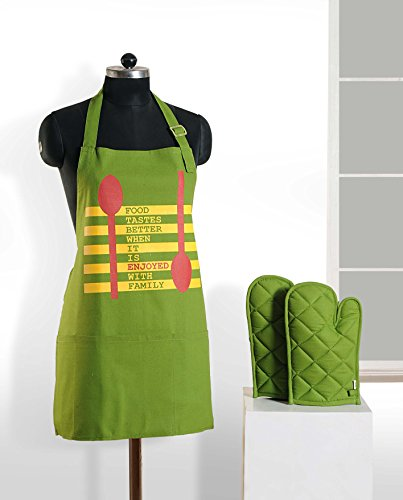 Graphic Screen Print Apron & Oven Mitt Set - 100% Cotton - Kitchen Gifts for Women,APG03-G019 (Grandmas Little Chef compare prices)