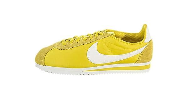 super popular 73d76 24eec Amazon.com | Nike Women's Classic Cortez Nylon | Shoes