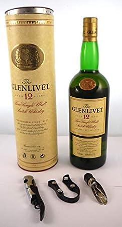1990's The Glenlivet 12 year old Malt Whisky Original Tube Packaging 1 litre en una caja de regalo forrada de seda con cuatro accesorios de vino, 1 x 1000ml