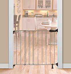 Summer Infant Top of Stairs Simple to Secure Metal Gate, Bronze