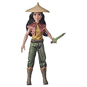 Disney Raya and The Last Dragon Raya's Adventure Styles, Fashion Doll with Clothes, Shoes, and Sword Accessory, Toy for Kids 3 Years and Up