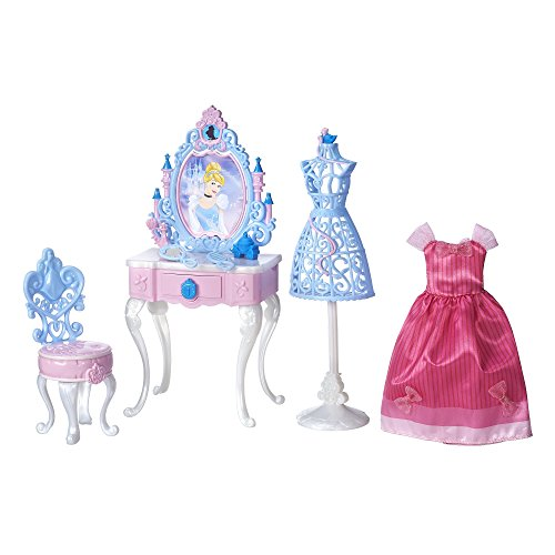 [Disney Princess Cinderella's Enchanted Vanity Set] (Princess Holly Costume)