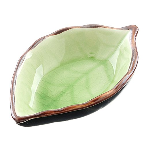 - HaloVa Condiment Dish, Leaf-shaped Porcelain Sauce Dish, Beautiful Multipurpose Compact Dipping Bowl with Non-slip Bottom for Home Kitchen Tabletop Spices Soy Sushi Vinegar Nuts Plate, Green