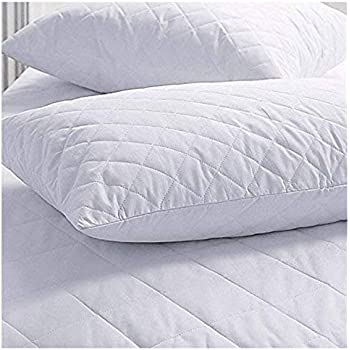 Amazon Com Set Of 2 New Zippered Quilted Pillow Covers