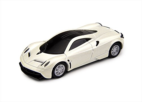 172-die-cast-metal-pagani-huayra-usb-flash-drive-16gb-diamond-white