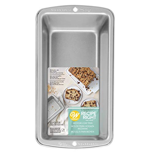 (Wilton Recipe Right Medium Bread Loaf Baking Pan - 8 1/2