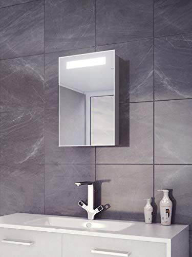(DIAMOND X COLLECTION Loomis LED Demister Cabinet)