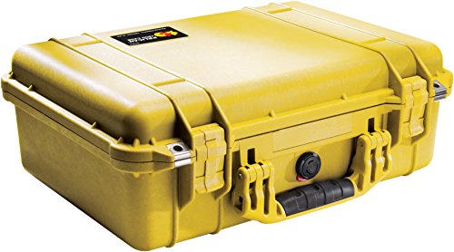 (Pelican 1500 Case With Padded Divider Set (Yellow))