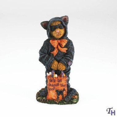 Boyds 2013 Halloween Figurine - Raven Spookbeary...Treats Puhleeze!