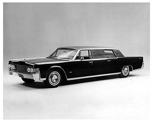 1965-lincoln-continental-lehmann-peterson-limousine-factory-photo