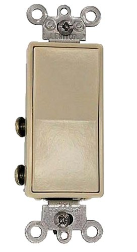 Leviton 111056042IS 15A 4Way Decora Switch with Ground Ivory