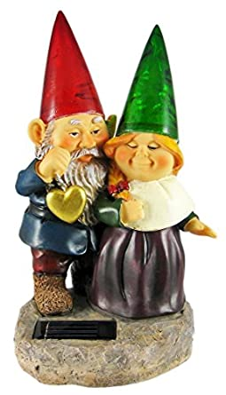 Awesome Sweetheart Garden Gnome Couple Solar Light Statue