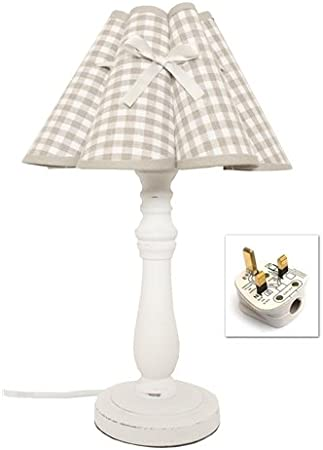 White Wooden Country Style Table Lamp