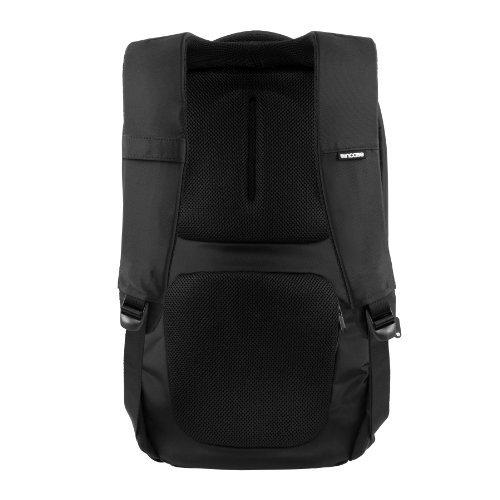 incase-nylon-backpack-black-cl55301