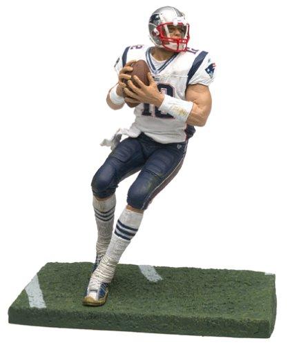 25159b8d Amazon.com: McFarlane Toys NFL Sports Picks Series 5 Action Figure Tom Brady  (New England...: Toys & Games