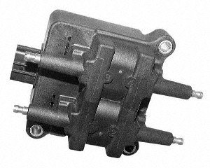 (Standard Motor Products UF240 Ignition Coil)