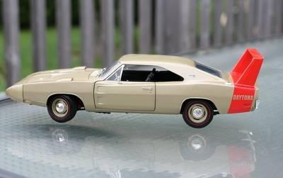 Ertl Dodge Diecast Model (1969 Daytona Dodge Charger Bronze - Campbell Collectibles - American Muscle- 1/18 Ertl Die-cast Model Car)