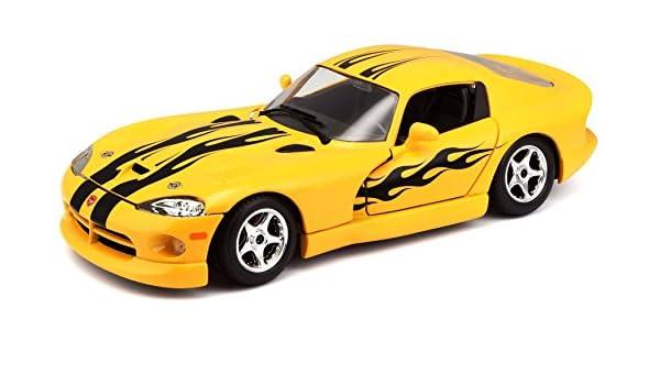 Amazon.com: Bburago of 22048 – Bijoux Collezione 1: 24 Dodge Viper GTS-Random Colors: Toys & Games