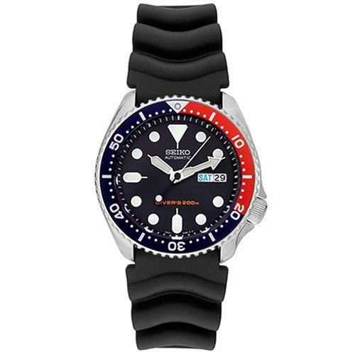 Seiko Men's SKX009 Diver's Automatic Watch by Seiko