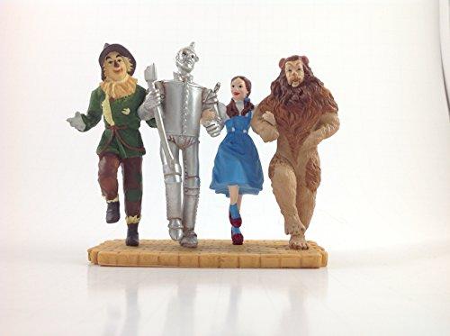 Hallmark Keepsake the Wizard of Oz Off to See the Wizard 2005 Christmas Ornament