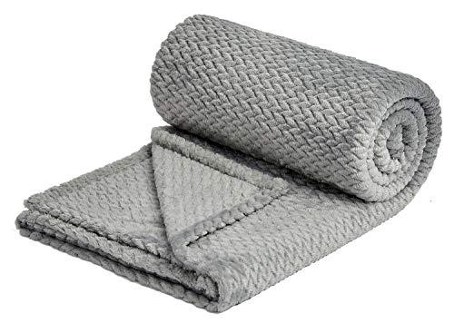 NEWCOSPLAY Luxury Super Soft Throw Blanket Premium Silky Flannel Fleece Leaves Pattern Throw Warm Lightweight Blanket (888-grey, Throw(50