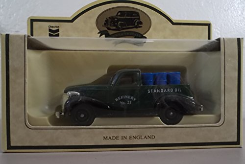 Qiyun Chevron Commemorative Standard Oil Delivery Truck Lledo Made in England