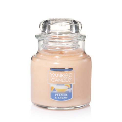 Yankee Candle Peaches & Cream, Fruit Scent ()
