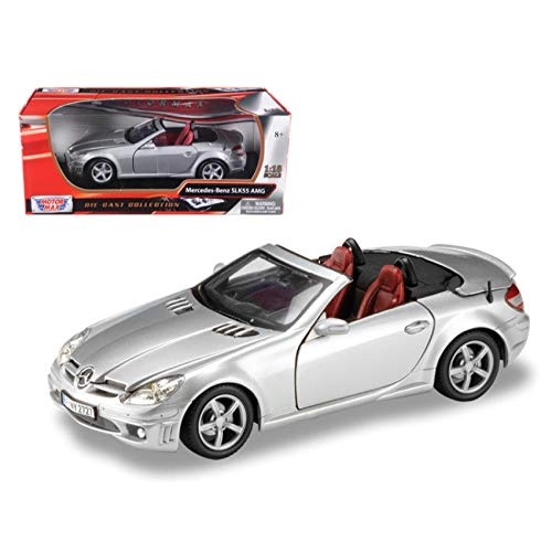 Motormax 73162 2005 Mercedes SLK 55 AMG Silver With Retractable Roof 1/18 Diecast Model Car