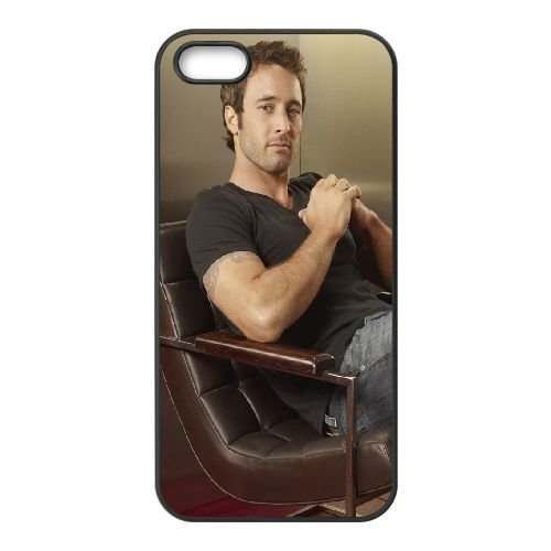 Alex Olahlan Actor Man Brunette Chair Celebrity coque iPhone 4 4S cellulaire cas coque de téléphone cas téléphone cellulaire noir couvercle EEEXLKNBC22840