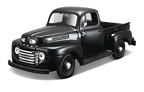 Maisto Assembly Line 1948 Ford Pick-up Diecast Model Kit (1:24 Scale)