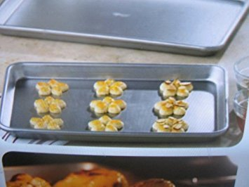 medium sheet pan from the pampered chef products