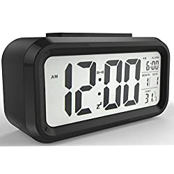 Gloue Digital Alarm Clock Battery Operated- Alarm Clocks Bedside- Temperature Display- Snooze and Large Display- Smart Night Light - Battery Operated Alarm Clock and Home Alarm Clock. (BLACK)
